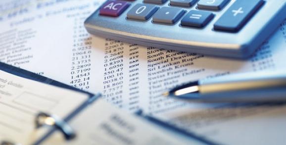 Geschäftsberichte und Beteiligungsunterlagen